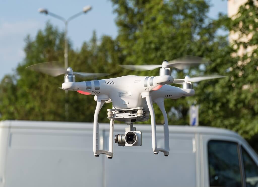 DJI Phantom 3 Best Drones for Aerial Video/Photos