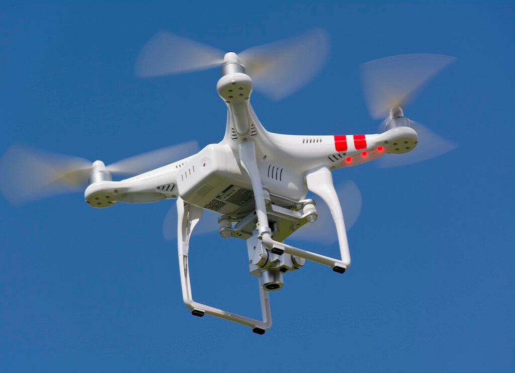 DJI Phantom 2 Best Drones for Aerial Video/Photos